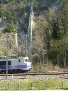Train Cascade Saint Cassin