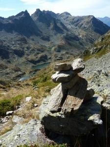 1002 Combe sud du Grand Mont vers les Lacs de la Tempete b