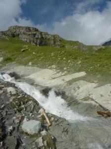 484 Ruisseau du Pretre sans sa passerelle b