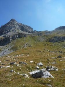 700 Montée vers la Roche des Chèvres b