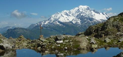 Petit lac sur le Grand Mont