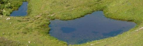 Petits lacs sous le Passeur de Pralognan