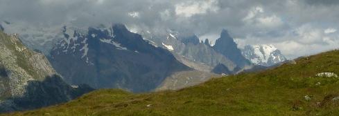 Glaciers au loin